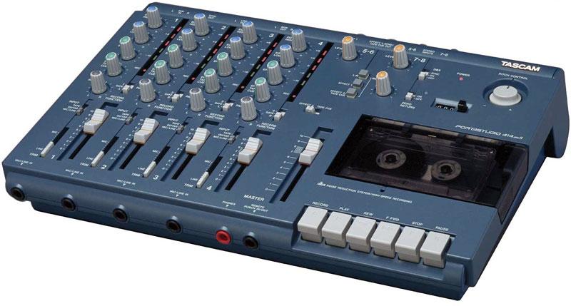 4 track tape recorder